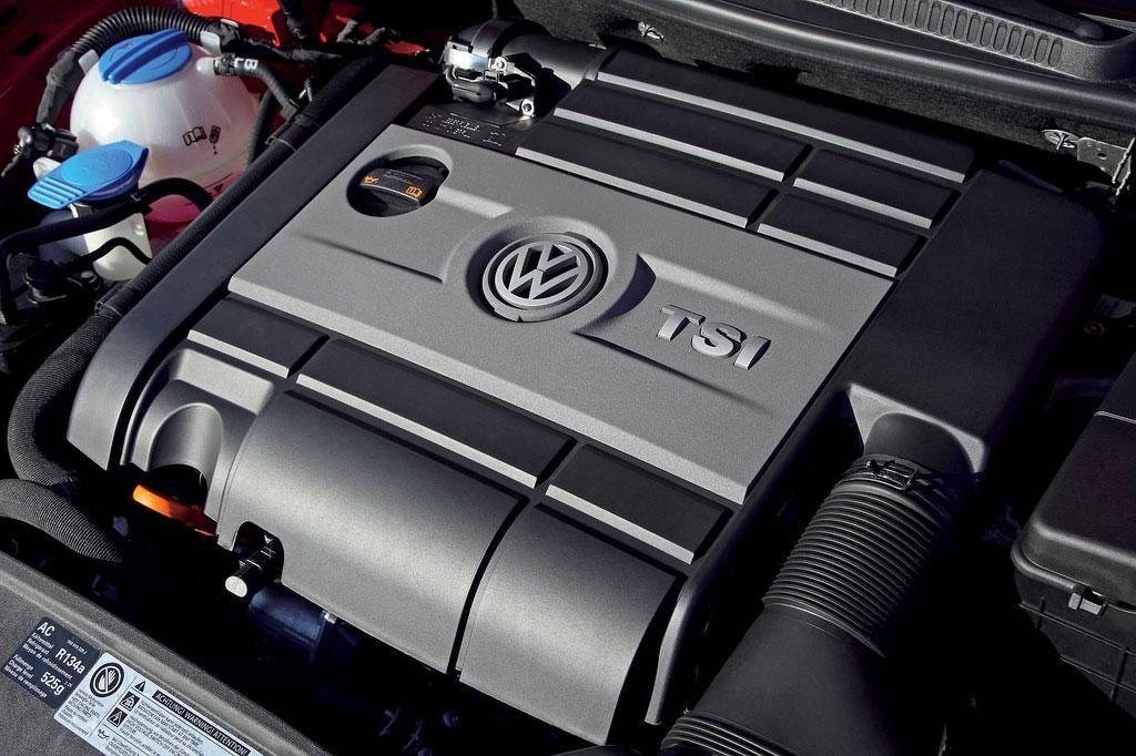 Volkswagen Golf R2 Engine